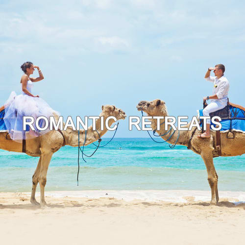 ROMANTIC RETREATS-WHITE
