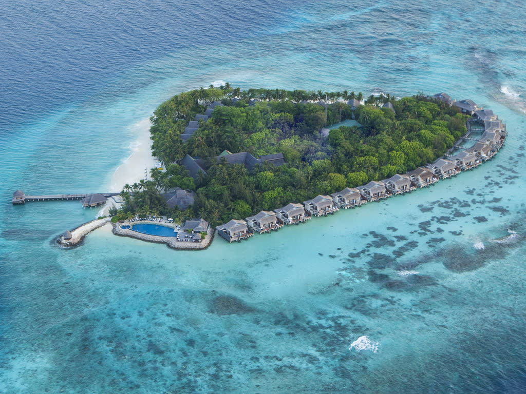 Hi_H1IRP_54757590_Vivanta_by_Taj_Coral_Reef_-_Aerial_I-1024
