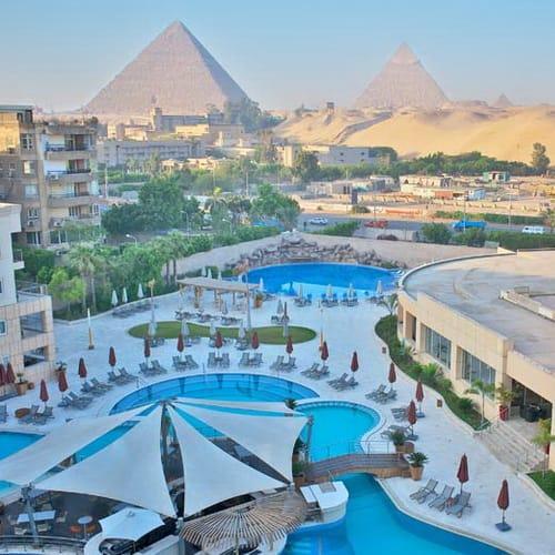 Le Merididen Pyramids Cairo 500