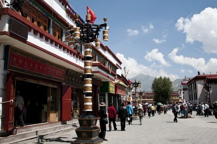 Lhasa-Tibet700