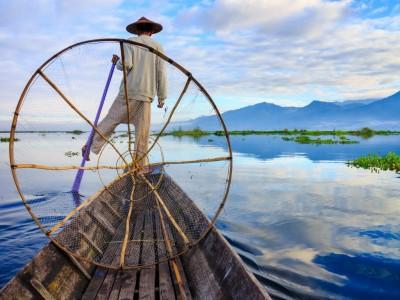Fisherman at Inle Lake 1024