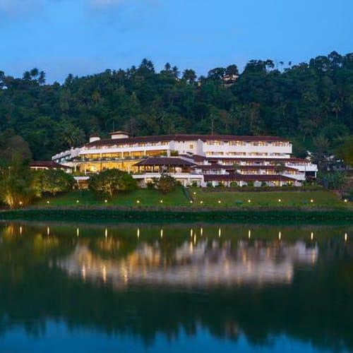 Cinnamon Citadel Kandy exterior500