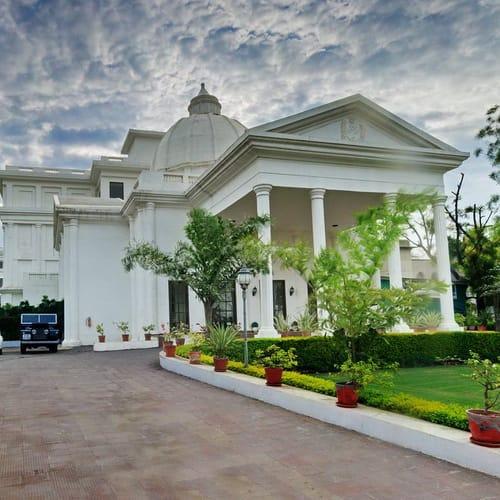 Hatodi Palace Bundi exterior500
