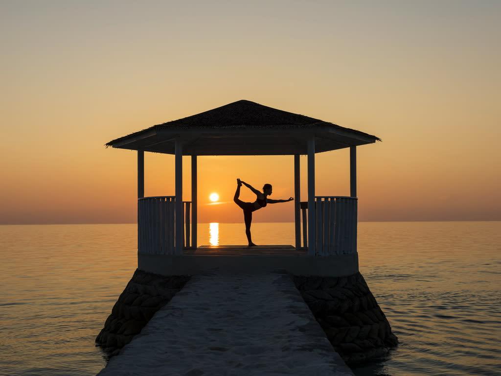 CRF_yoga-06-1024