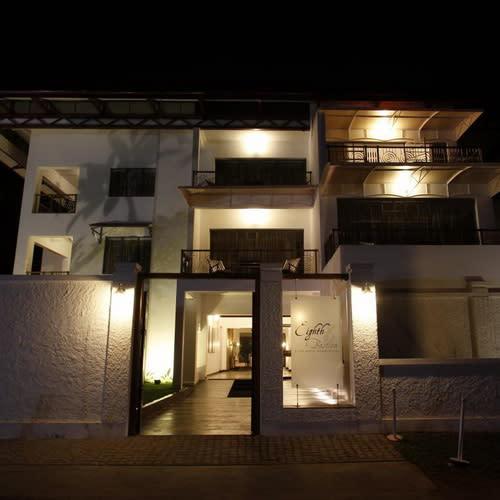 Eight Bastion Cochin exterior500