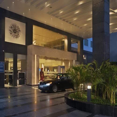 Crystal Sarovar Premiere Hotel Agra